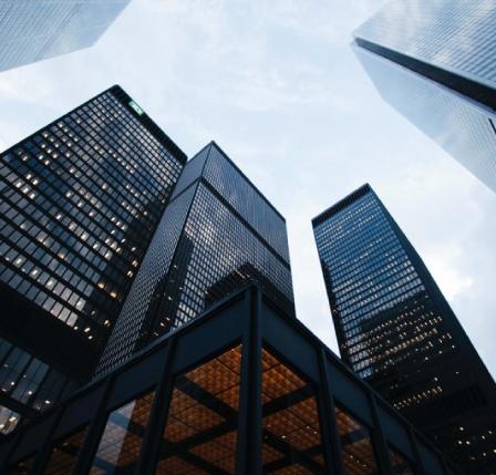 Vista de oficinas One-Click desde el suelo
